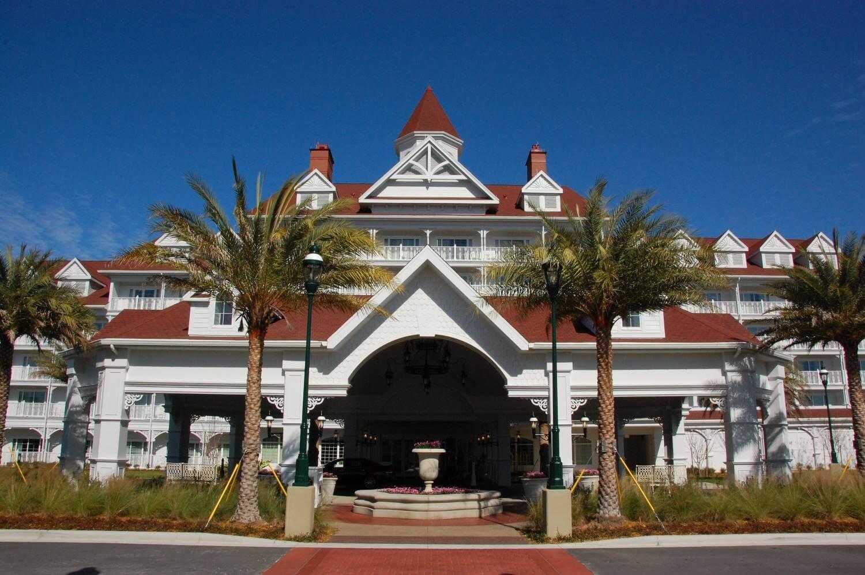 Grand-Floridian-Villas-Entrance-3.JPG