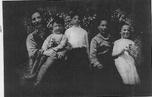 Peter and Katherine McDonald with children mary william and andy.png
