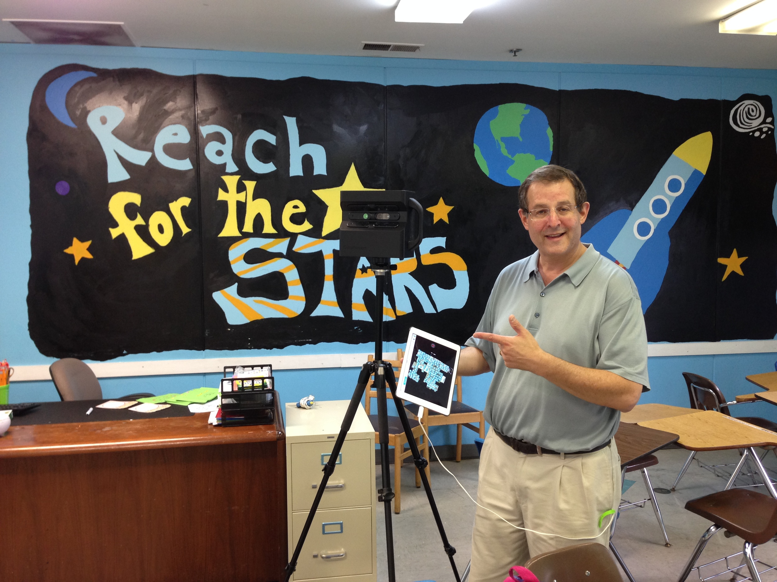 We Get Around Chief Photographer Dan Smigrod at The Study Hall