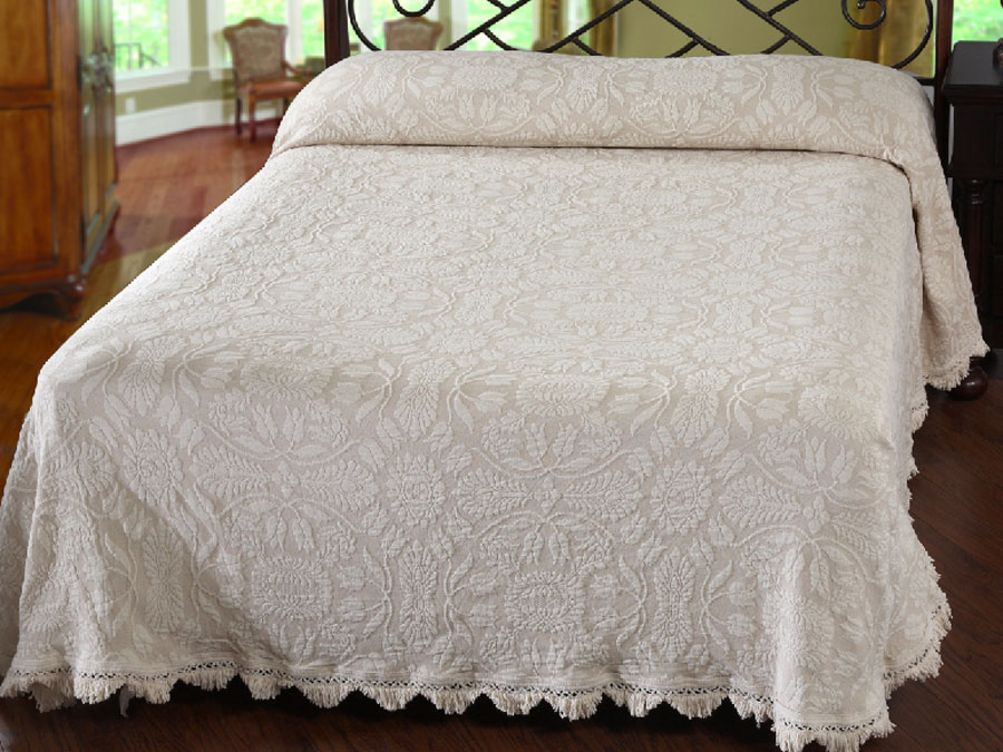 Colonial Rose Bedspread (Click Image to Enlarge)
