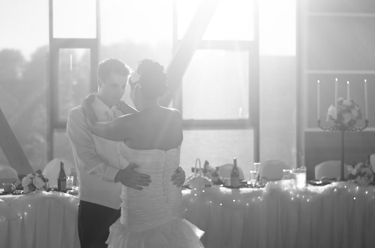 Bonson_community_Centre_wedding_25.jpg