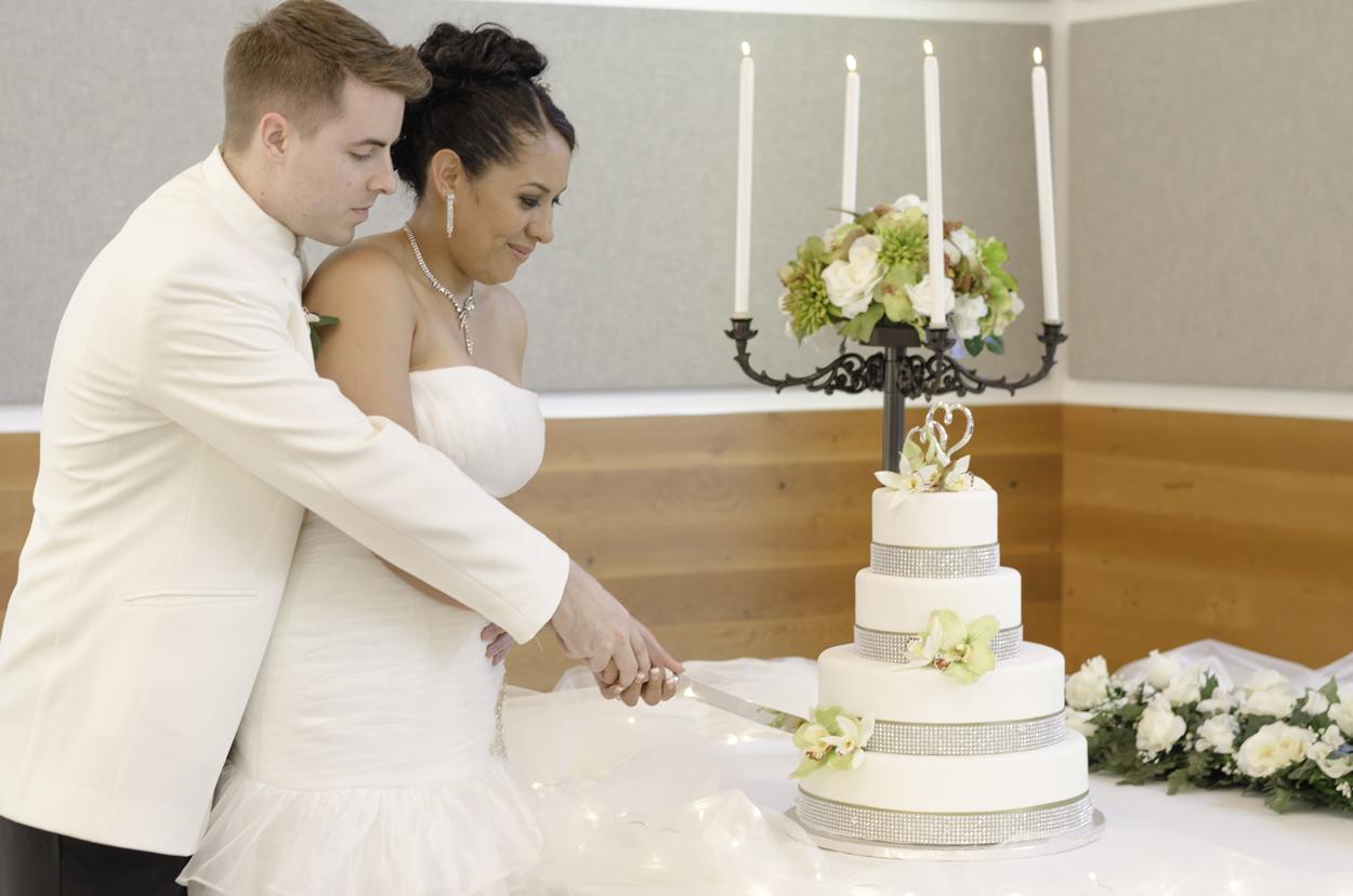 Bonson_community_Centre_wedding_27.jpg
