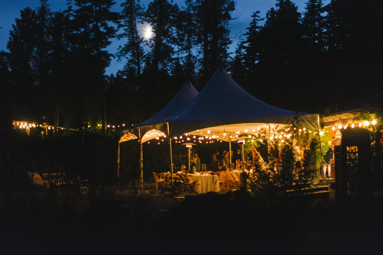 Tofino-Botanical-Garden-Wedding_48.jpg