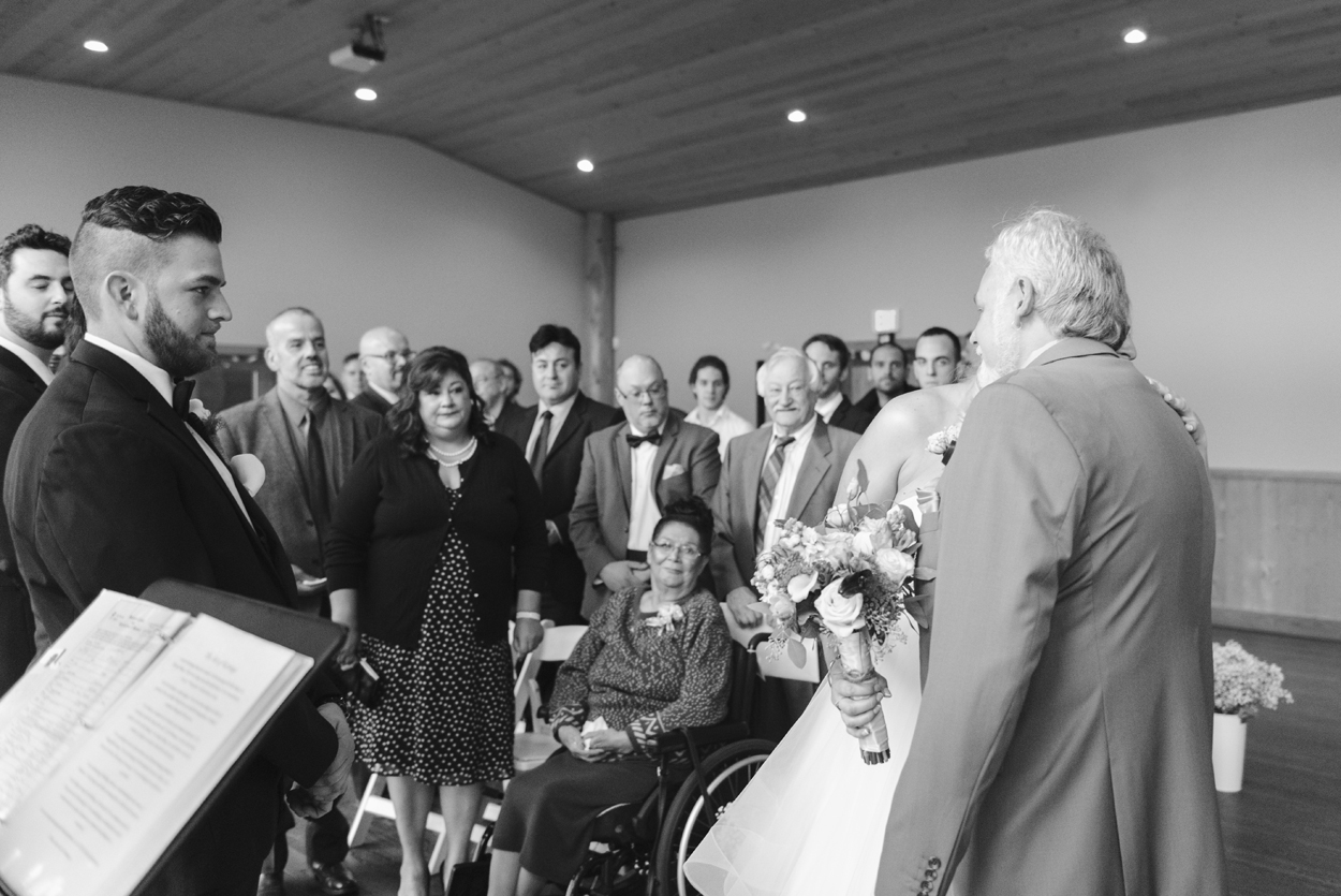 fraser-river-lodge-wedding-02.jpg