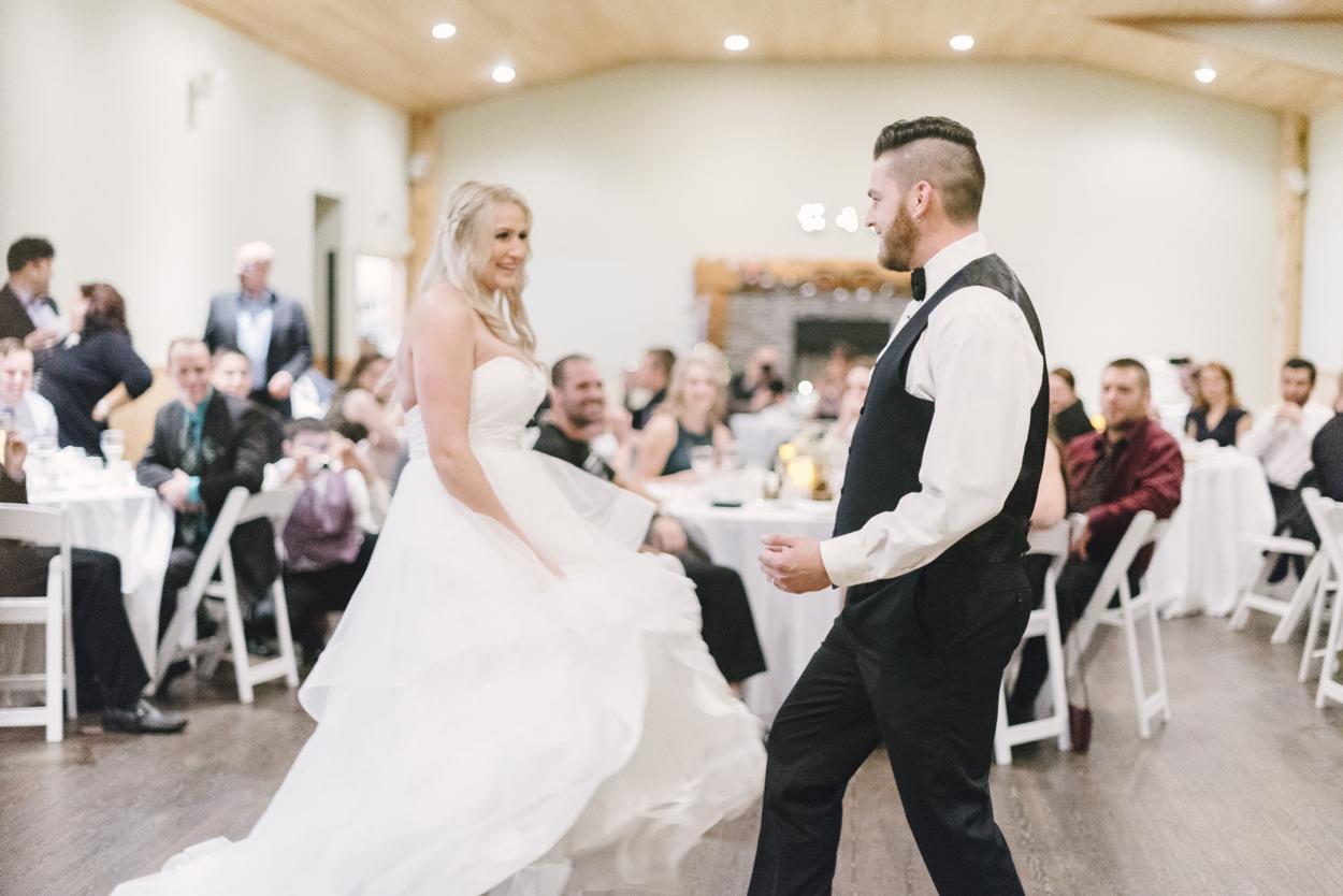 fraser-river-lodge-wedding-40.jpg
