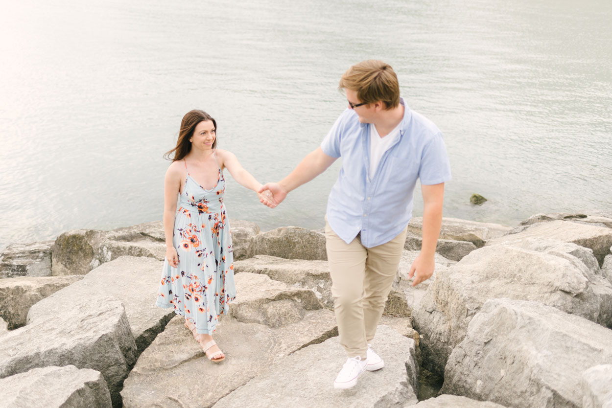 scarborough-bluffs-engagement-session-toronto-06.jpg
