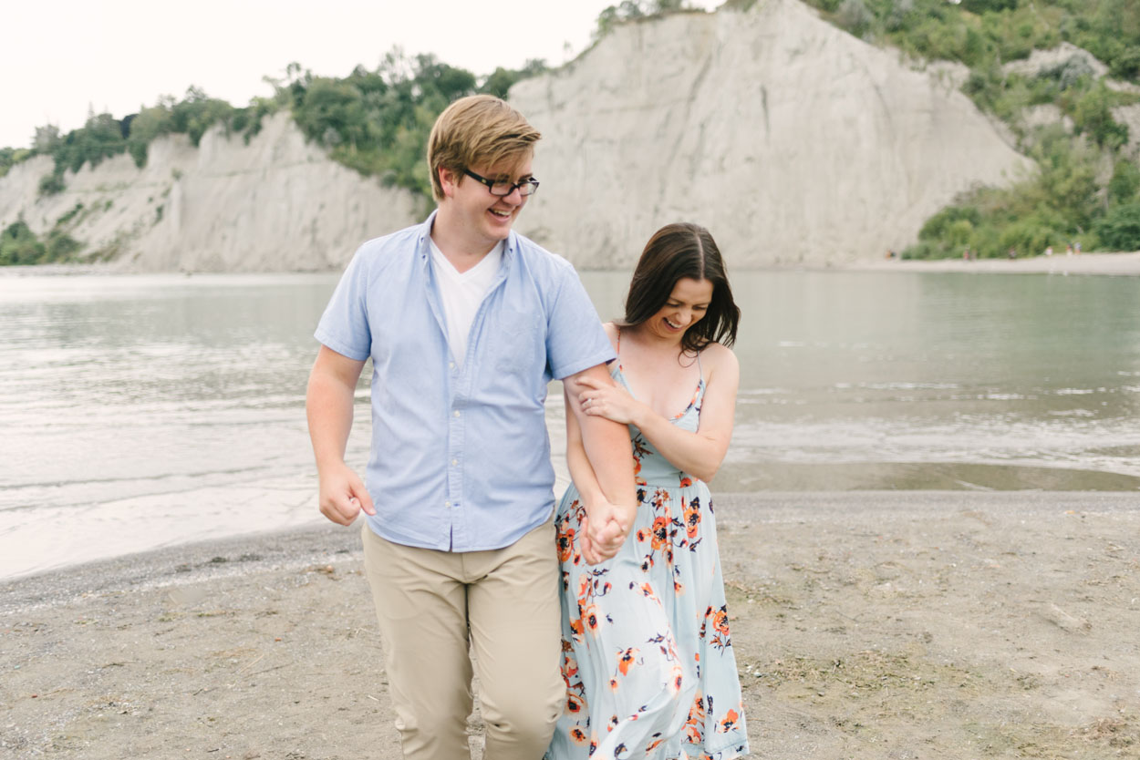 scarborough-bluffs-engagement-session-toronto-08.jpg