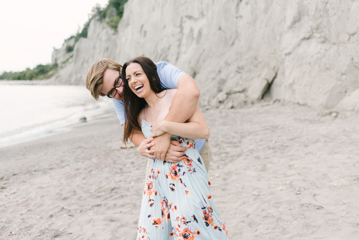 scarborough-bluffs-engagement-session-toronto-13.jpg