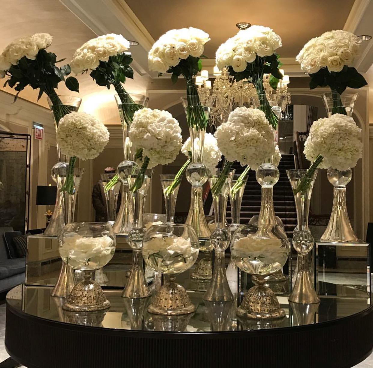 Photo: @flowerfirm, Venue: Four Seasons Hotel Chicago