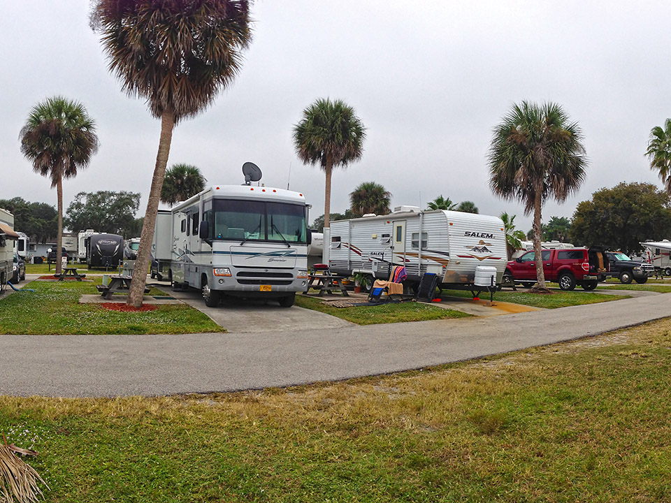 Photo of Camelot RV Park in Florida by Mercertrails.com.