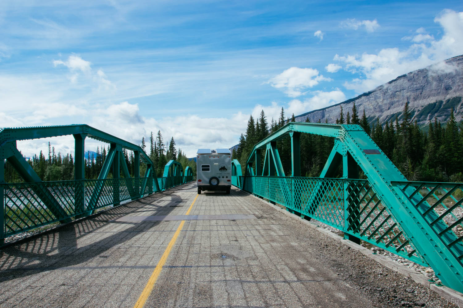 I love the color of this bridge that goes over Snaring River.
