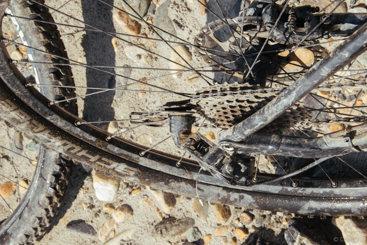 Not how a derailleur is supposed to look.