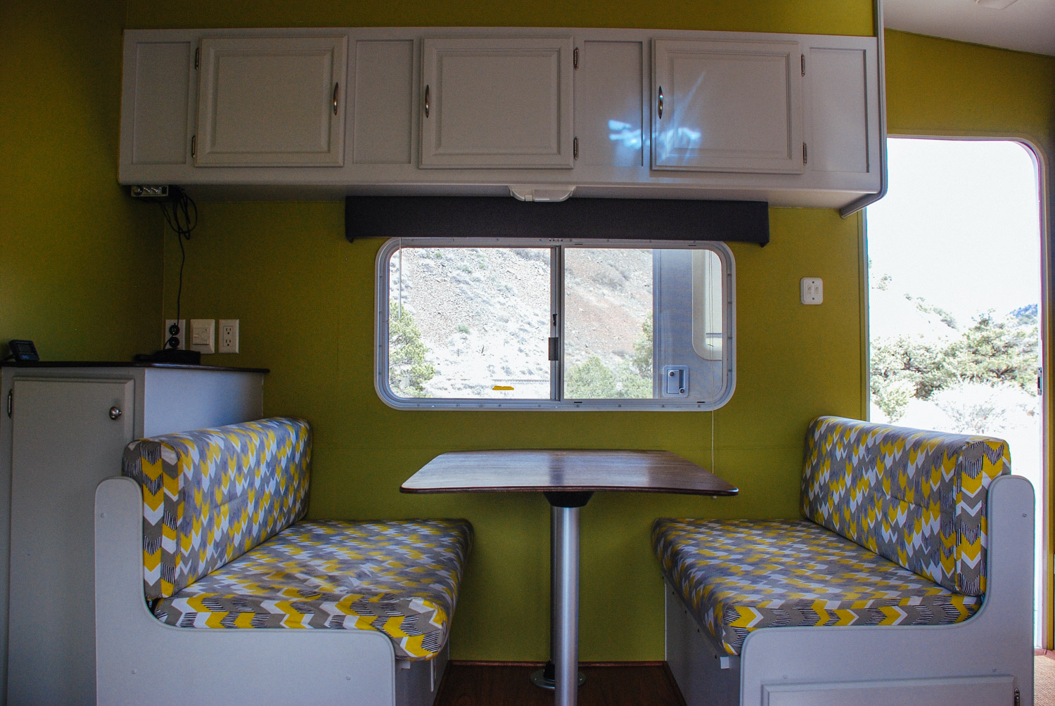 Completed dinette with newly reupholstered cushions.