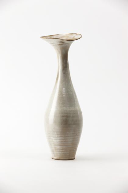Jang Jin     Still Life 14-027, 2014    Glazed Ceramic    16.3h x 6.1w x 5.7d in  (41.4h x 15.49w x 14.48d cm)