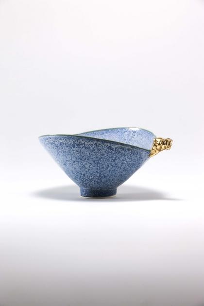 Jang Jin     Still Life 14-019, 2014    Ceramic    4.5h x 10.2w x 6.9d in  (11.43h x 25.91w x 17.53d cm)