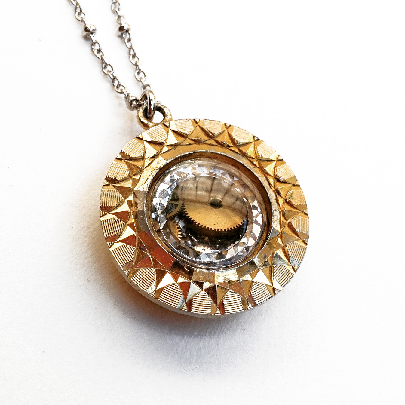 Shake it! Floating watch parts in vintage watch case pendant, full of tiny treasures!
