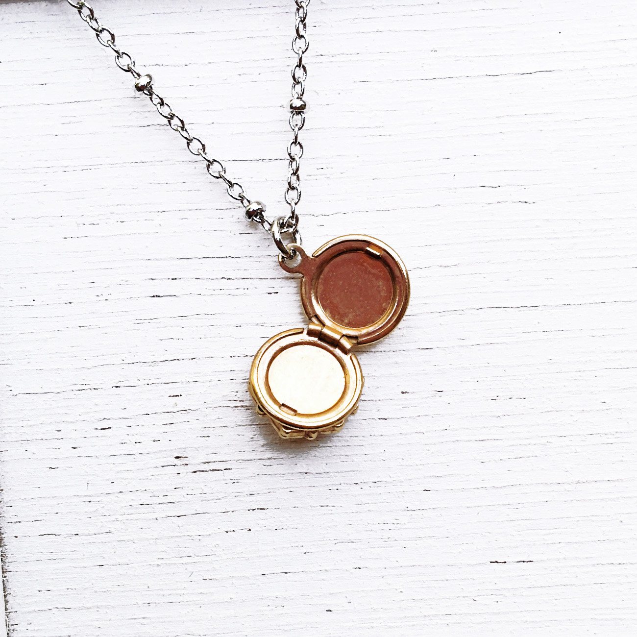 open locket