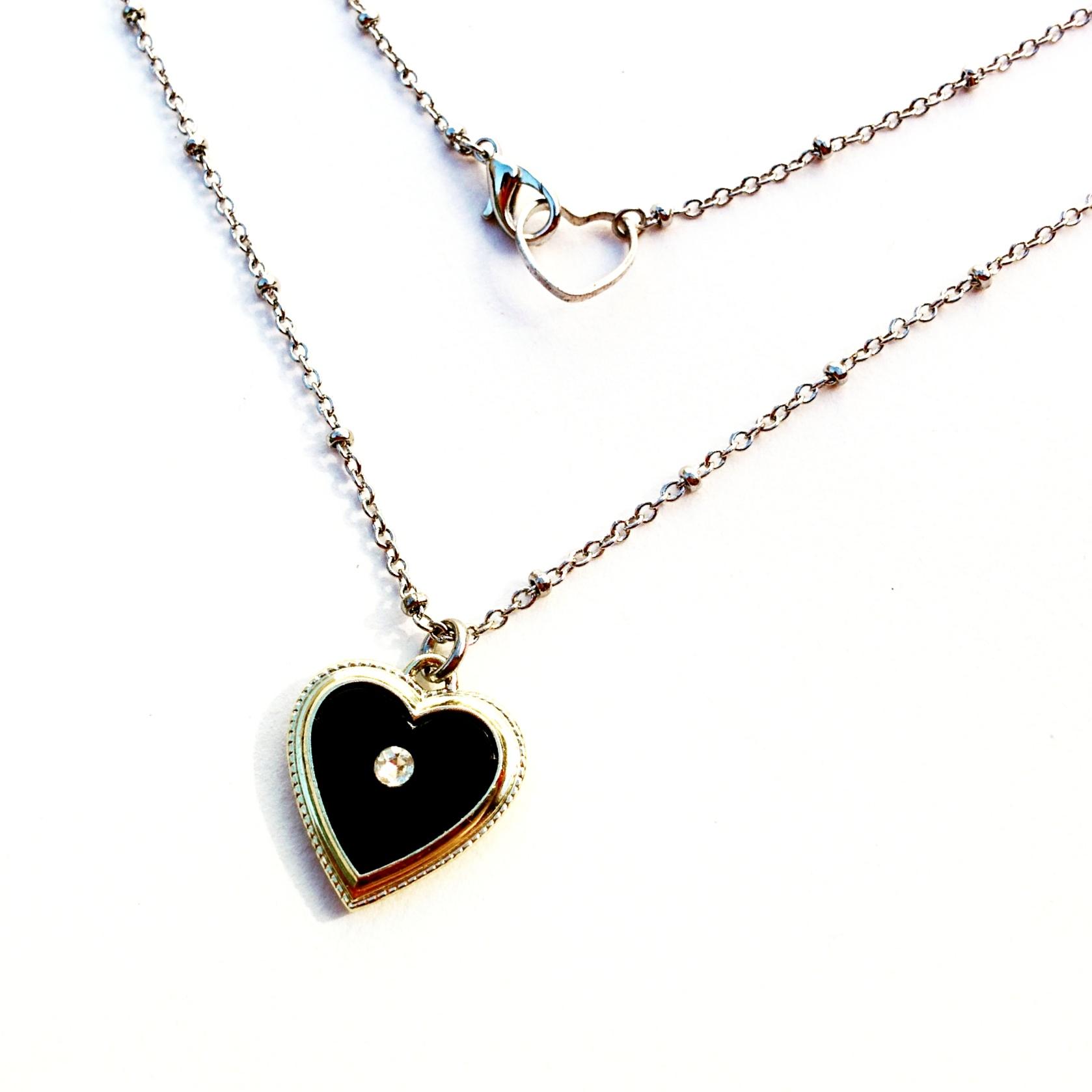 Mini black heart pendant