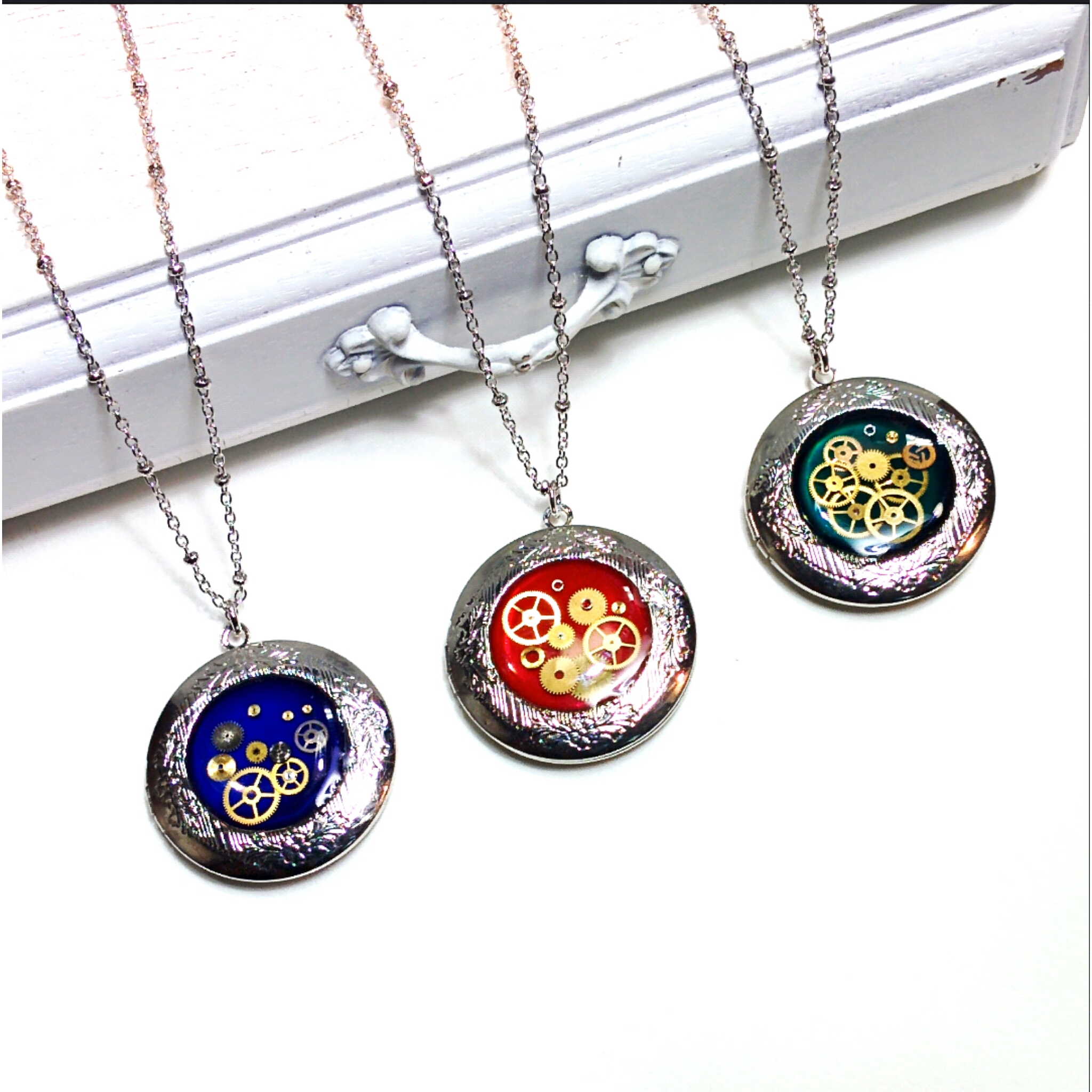 1 inch watch case lockets are new this season!