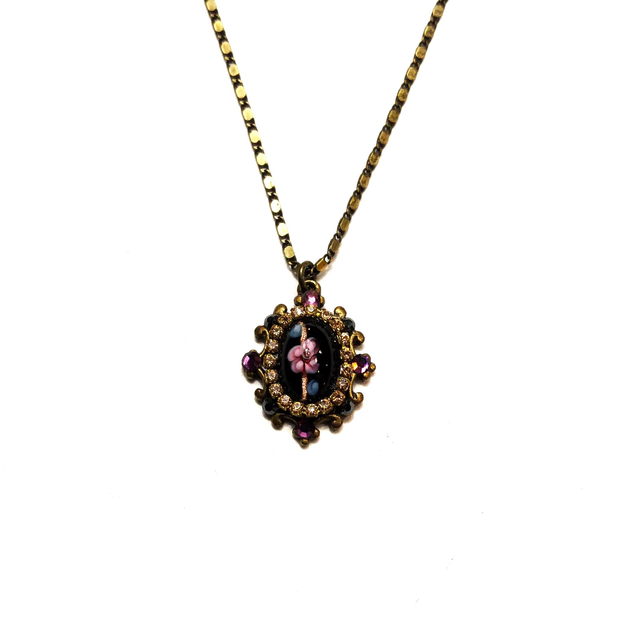 Stunning glass and rhinestone pendant
