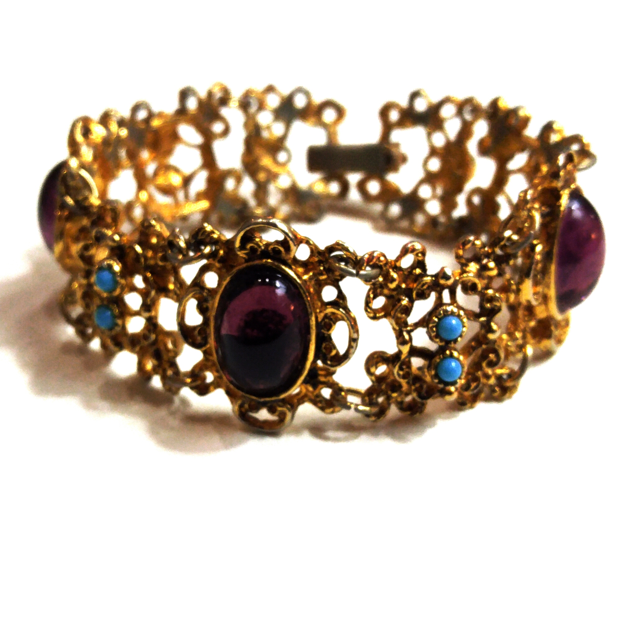 Gorgeous filigree vintage bracelet with glass stones and faux turquoise seed pearls