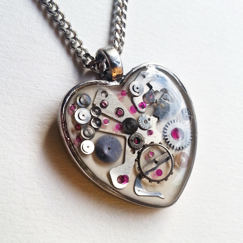Aminda-Wood-Snow-White-Mechanical-Heart.jpg
