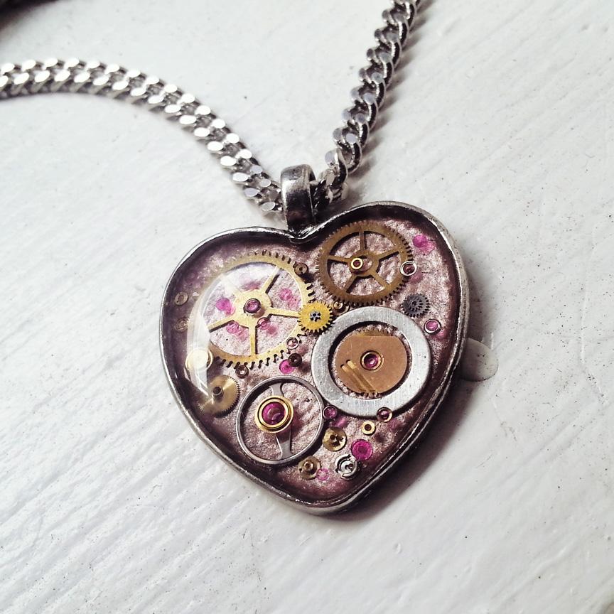 aminda-wood-pink-mechanical-heart-dec.jpg