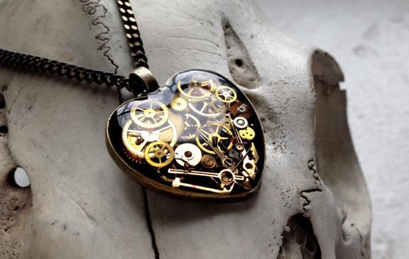 aminda-wood-mechanical-heart-april1.jpg