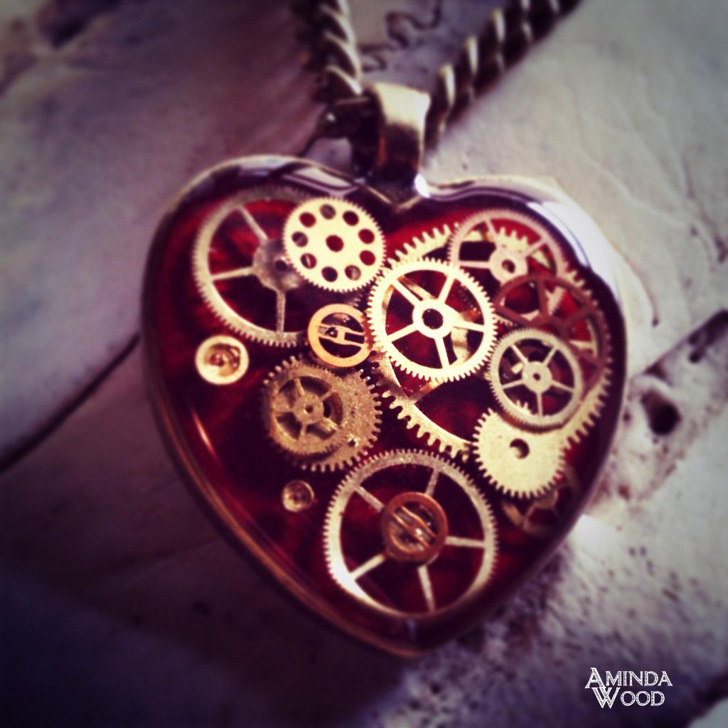 amindawood-vday-mechanicalheart.jpg