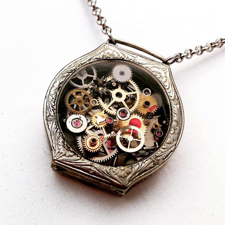 aminda-wood-watch-part-antique-case-embossed.jpg