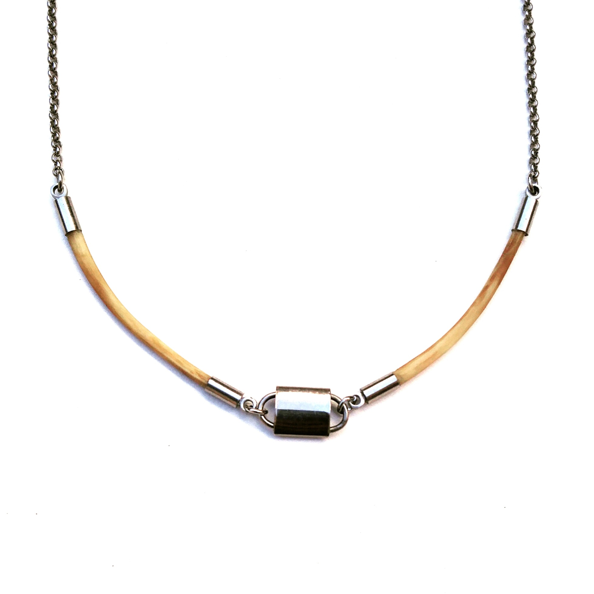 aminda-wood-python-rib-necklace.jpg