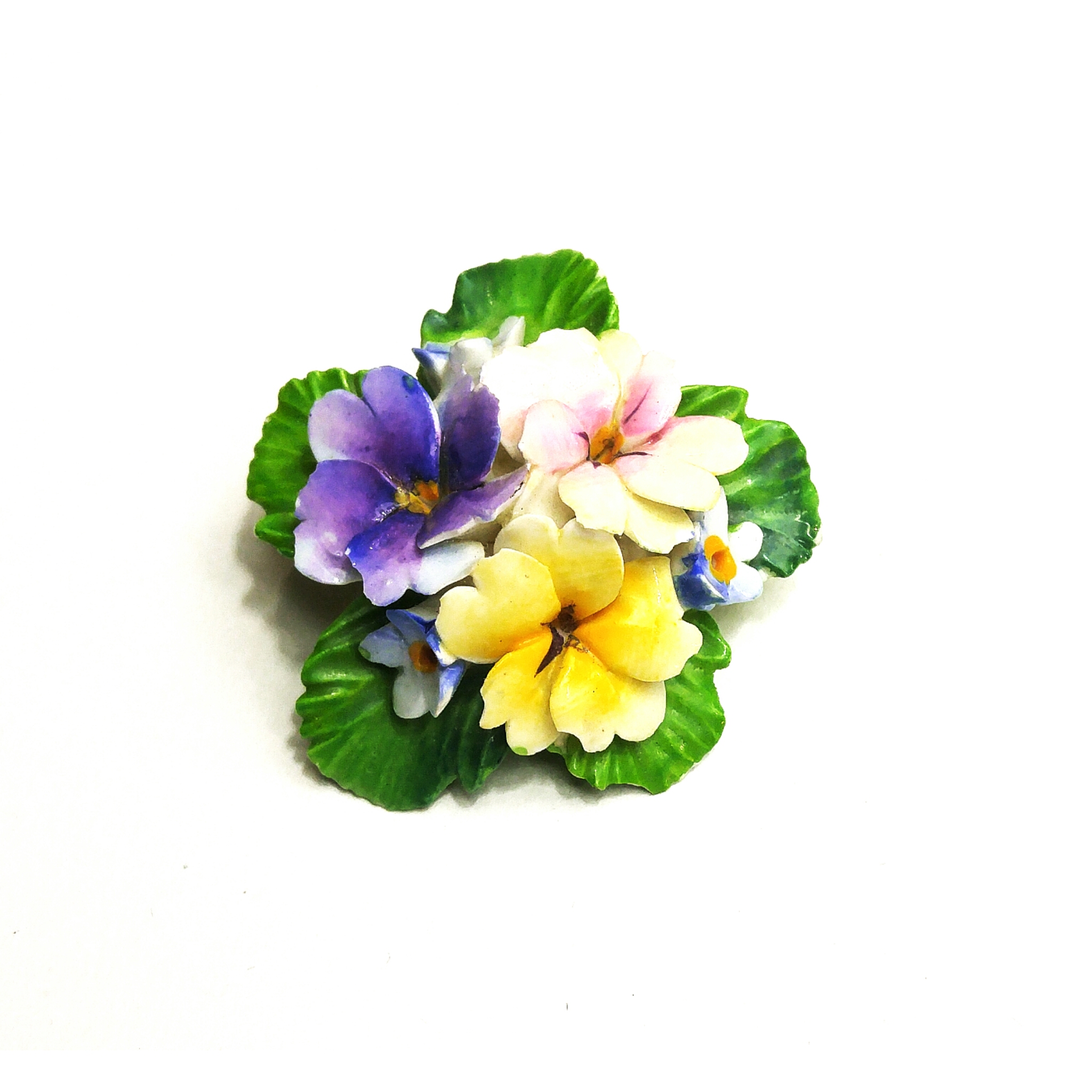 Ceramic hand painted flower brooch.