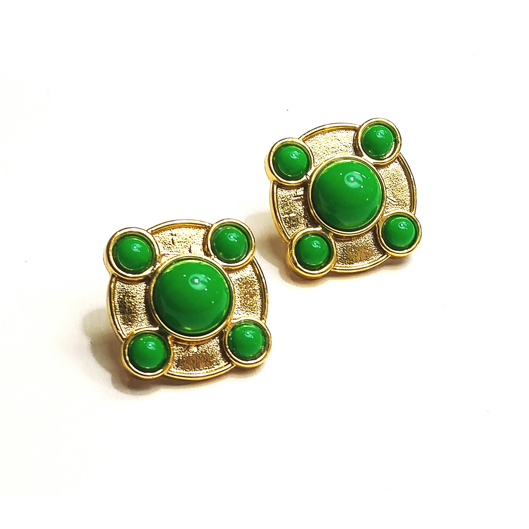Fantastic plastic gold and green vintage studs!