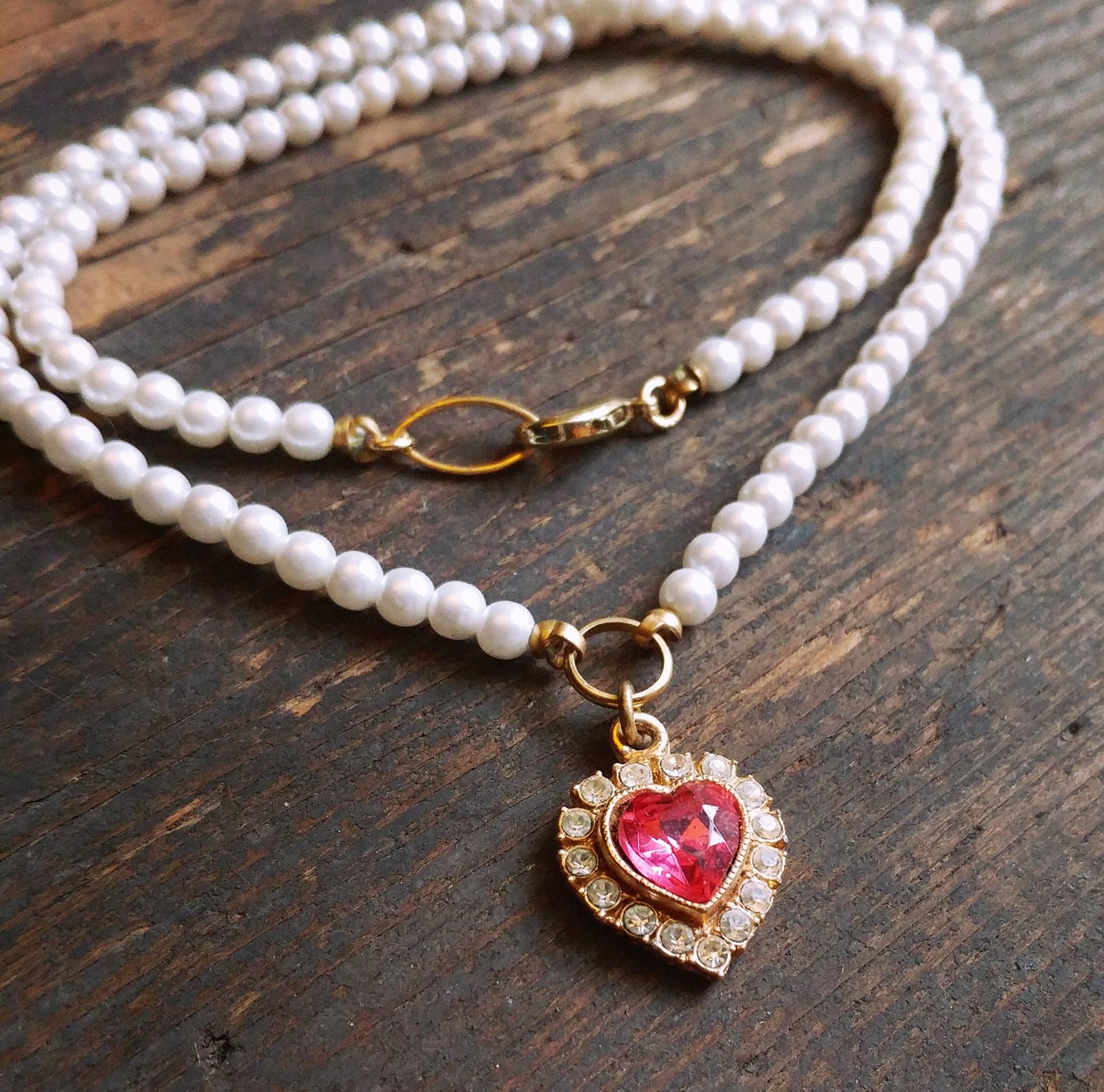 Perfect pink rhinestone heart pendant