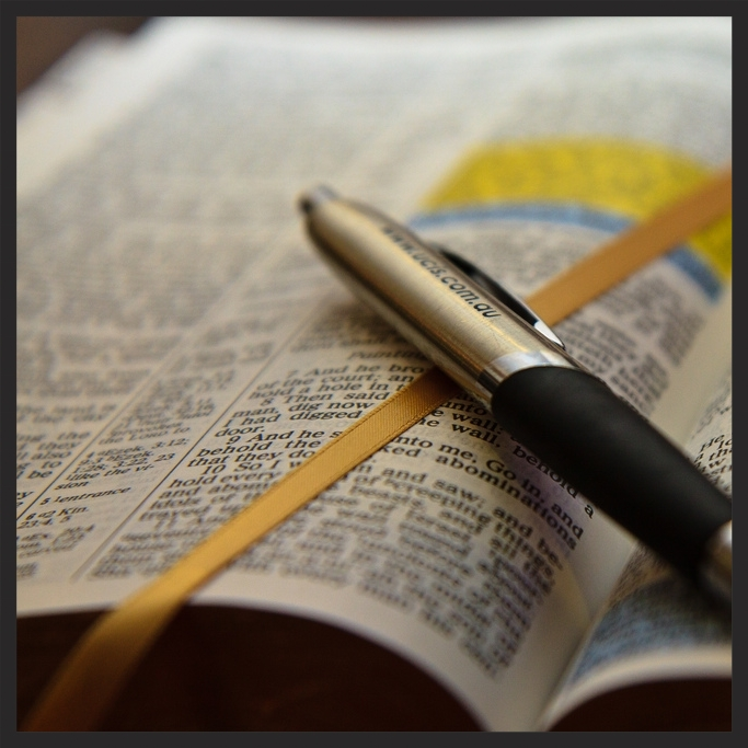 Open-Bible-with-pen1.jpg