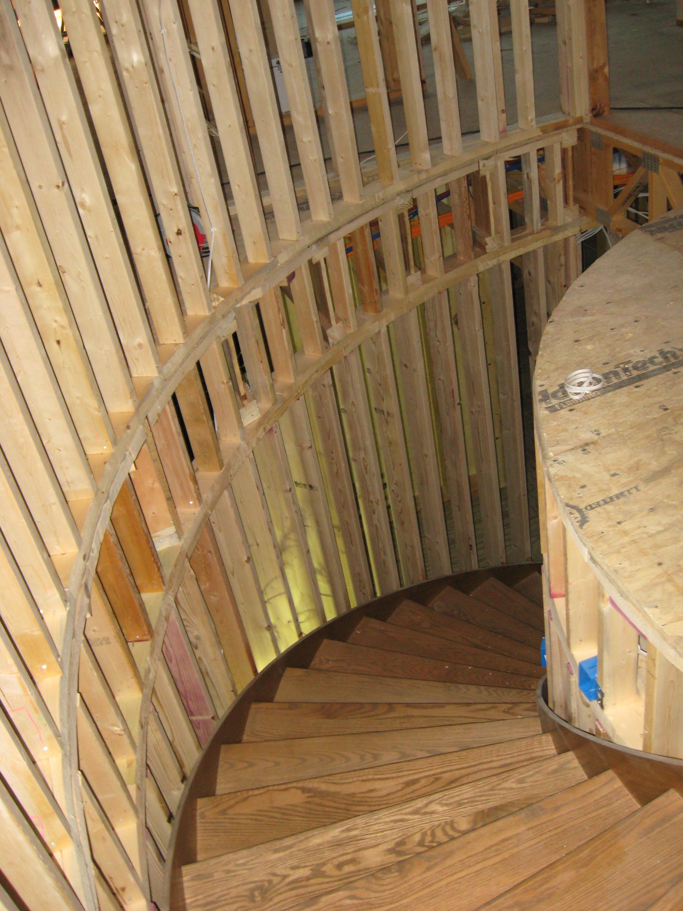 08-28-08 Curved Stairway.jpg