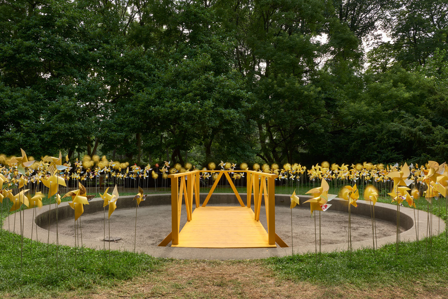 Walkway at the Connective Project in Prospect Park, Brooklyn. Image © harlan erskine