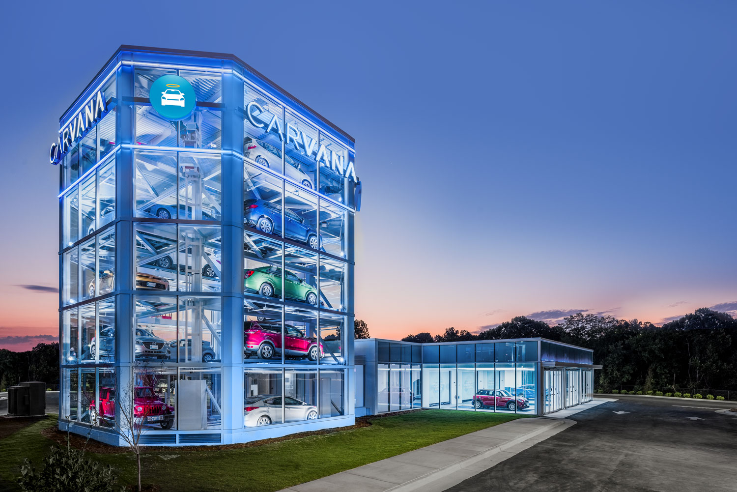 CARVANA, car vending machine, Raleigh, NC © harlan erskine.