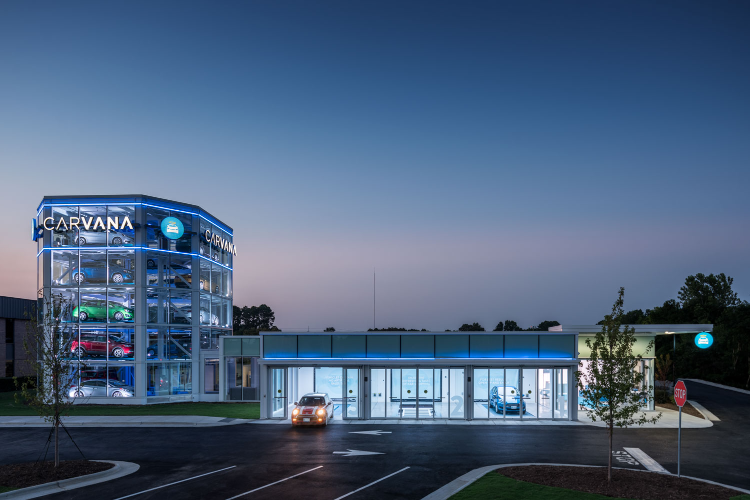 CARVANA, car vending machine and garages, Raleigh, NC © harlan erskine.