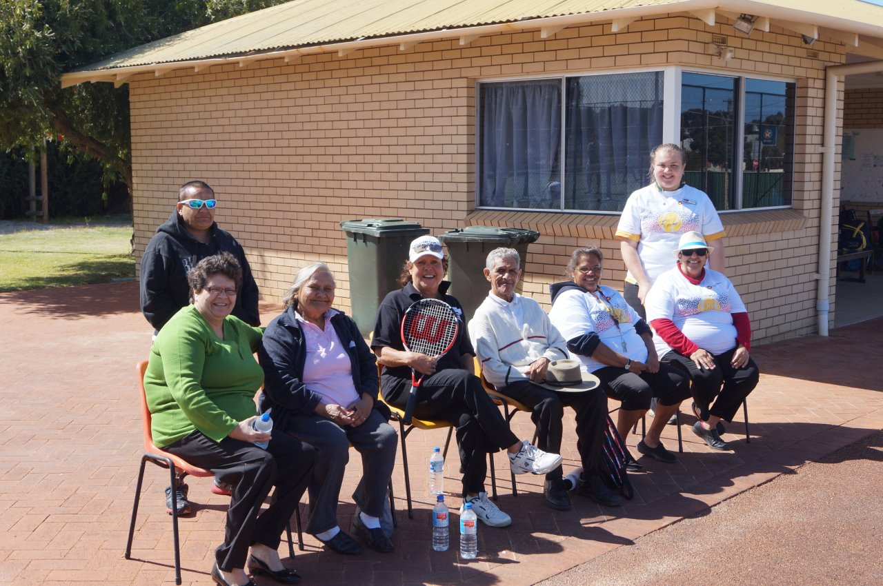 Evonne with Narrogin Elders and local teachers
