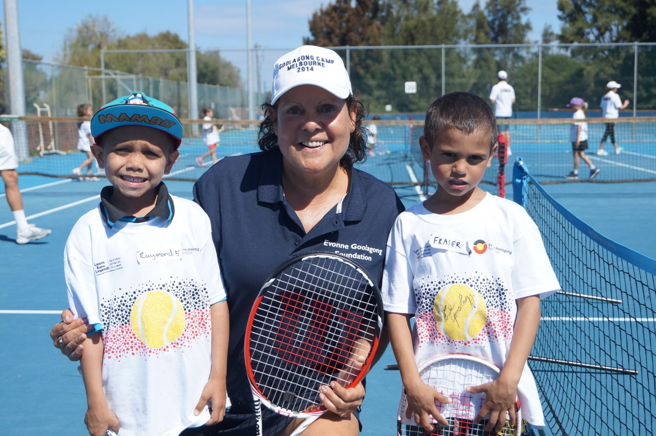 Evonne receiving tennis tips from two young champs!