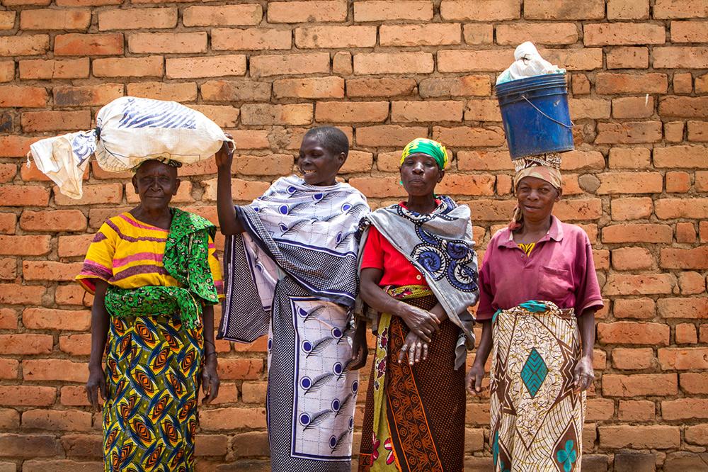 Adam-Dickens-Photography---FT-Tanzania-2014--Kaningombe-client--Talkisia-Soko-860.jpg