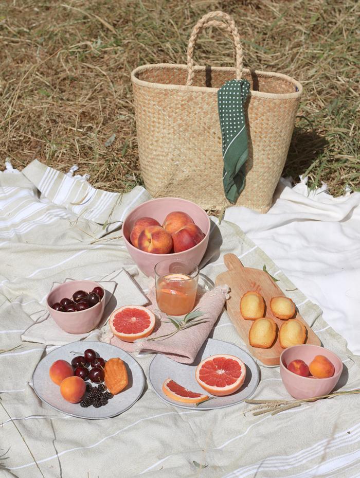 nancy-straughan-stylist-food-picnic-house-of-fraser-dining.jpg
