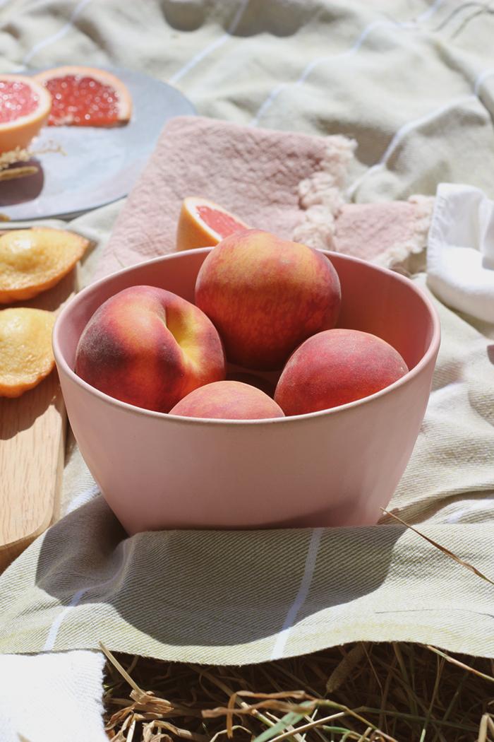 nancy-straughan-stylist-food-picnic-house-of-fraser-dassie-bowl.jpg