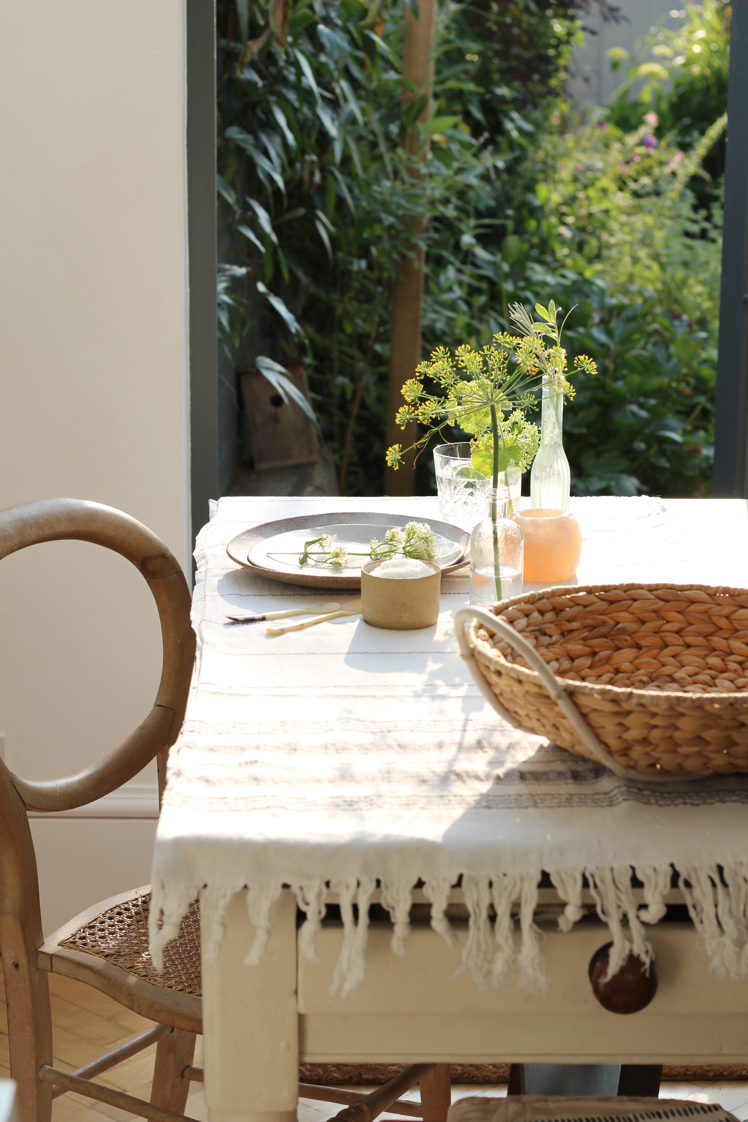 nancy-straughan-interior-stylist-country-home-styling.jpg