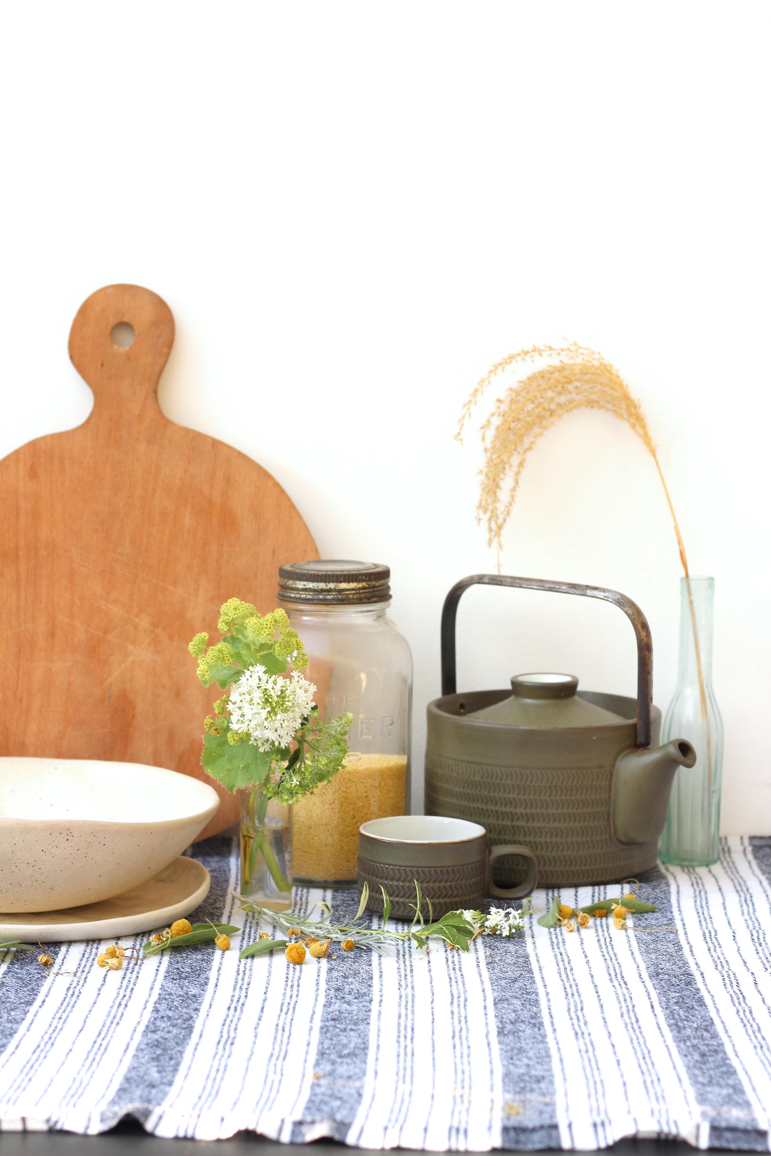 nancy-straughan-stylist-interior-kitchen-styling-natural-home.jpg