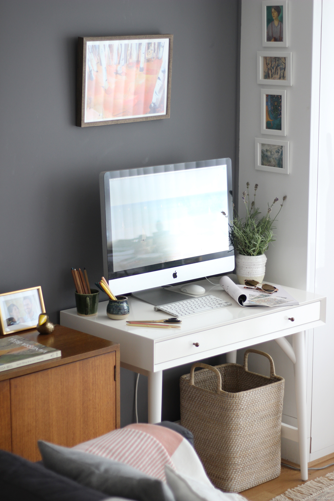 nancy-straughan-interior-stylist-small-office-space.jpg