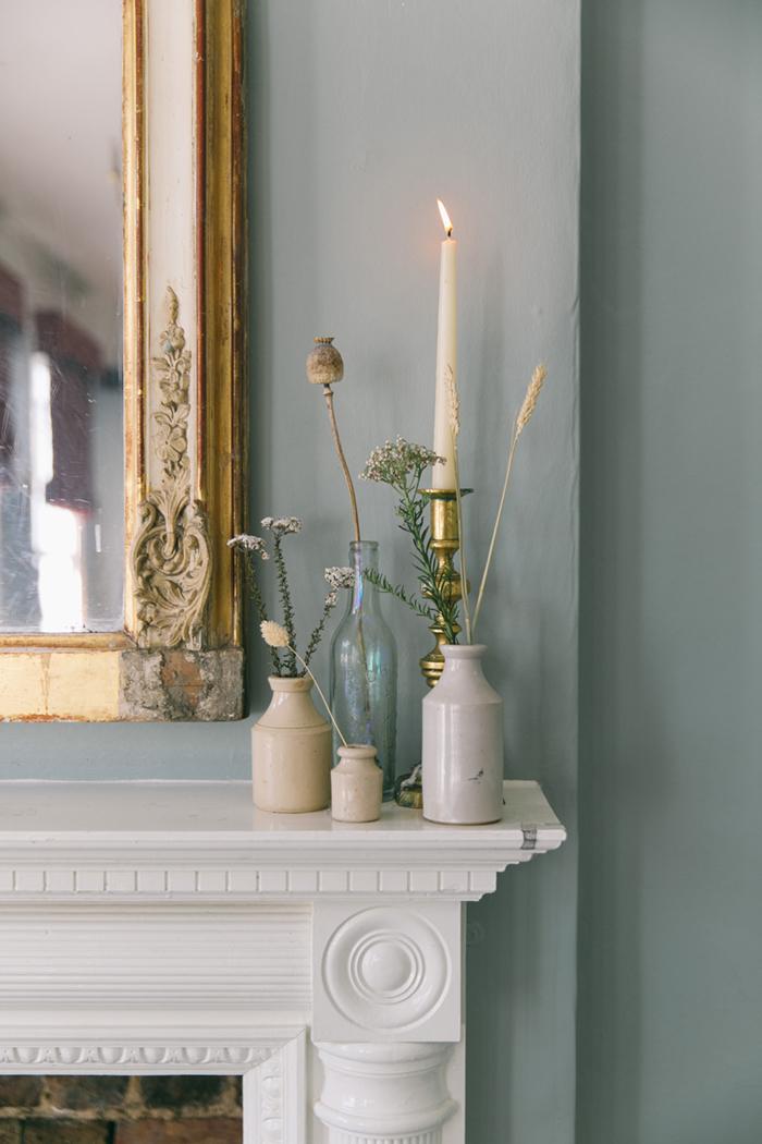 sea-shore-wedding-theme-stylist-nancy-straughan-vases.jpg
