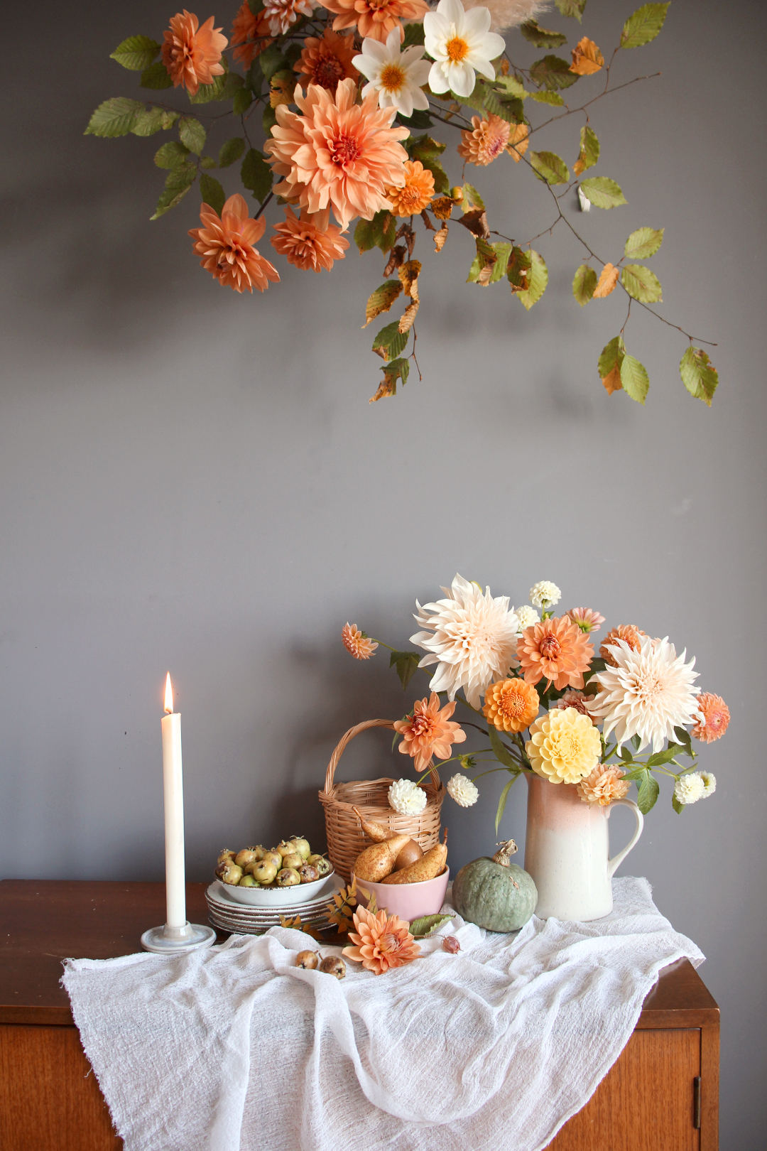 peach-rust-fall-styling-ideas-thanks-giving-nancy-straughan.jpg