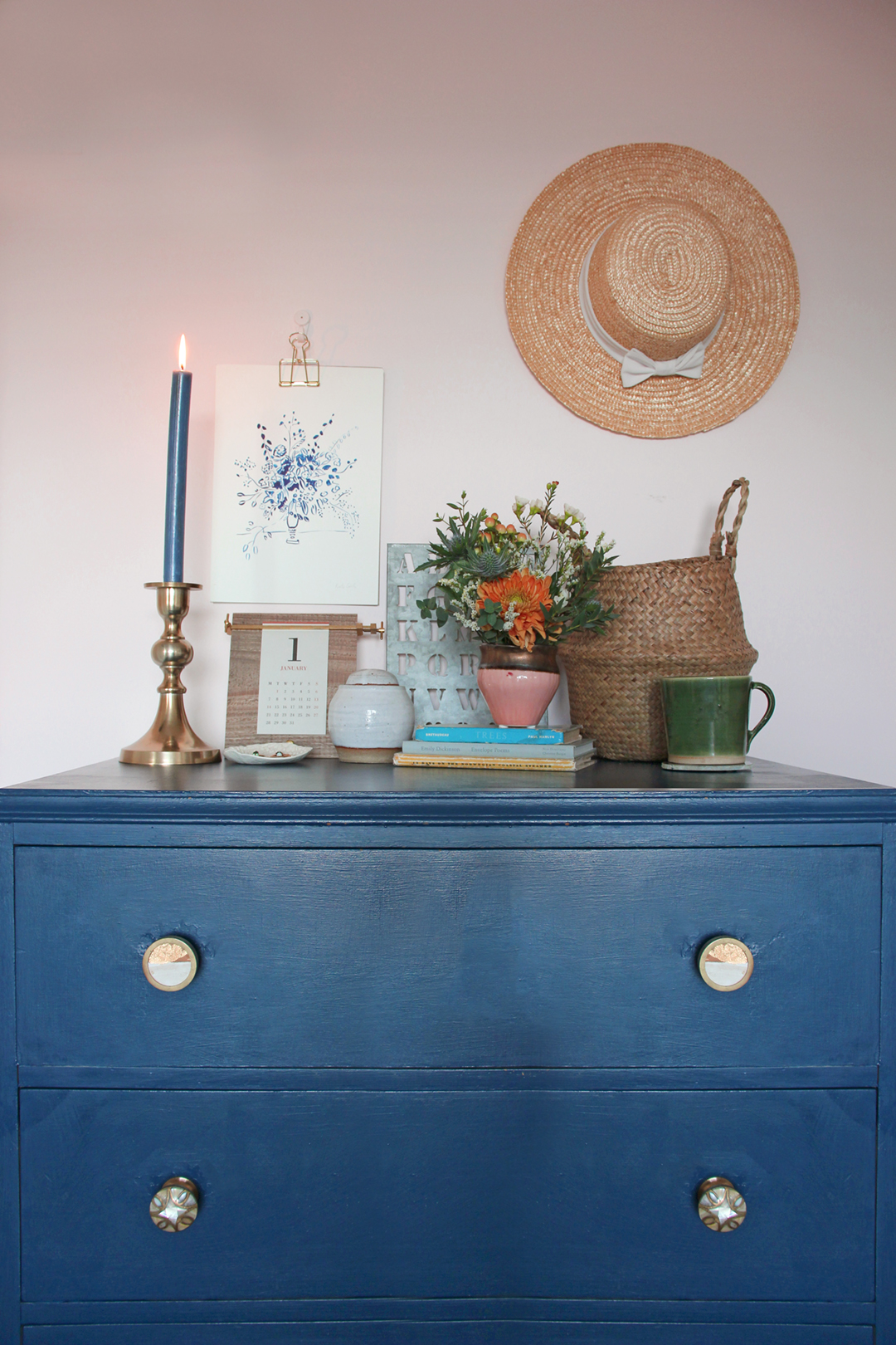 Nancy-Straughan-Interior-Stylist-Blog-Natural-Pretty-Bedroom-Style-Blue-Pink.jpg